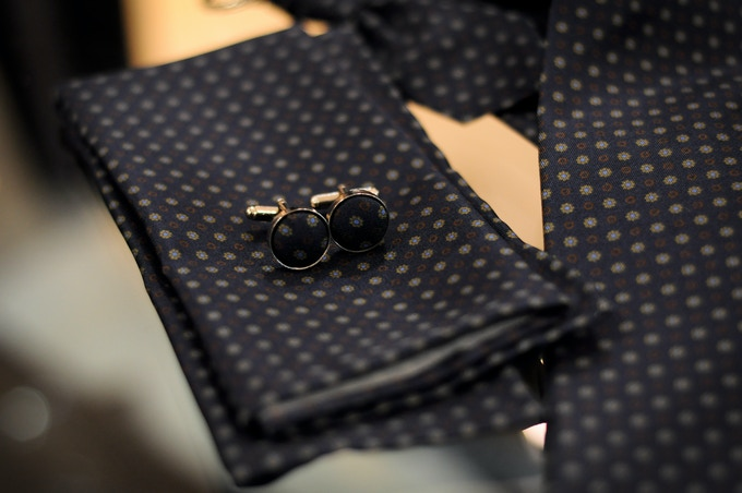 Pocket square and silk covered cufflinks detail