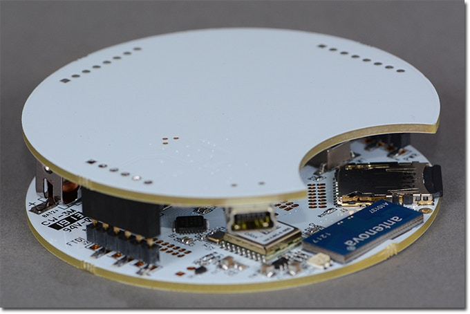 GPS Cookie in Fun Round Shape. Clean design with built in AAA batteries. $79 or $95 Pledge