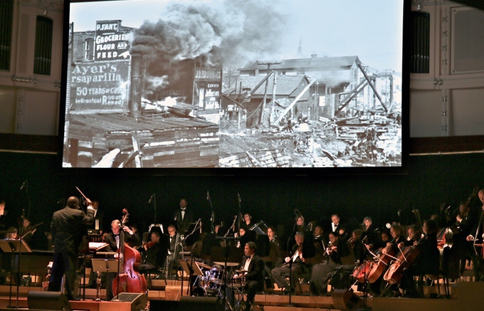 """Orbert Davis' Chicago Jazz Philharmonic premieres """"The Chicago River"""", May 2013 at Symphony Center"""