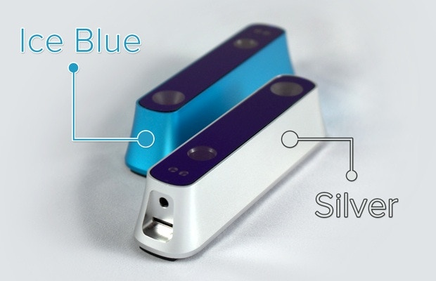 The Structure Sensor is available in your choice of two anodized aluminum colors: Ice Blue and Silver.
