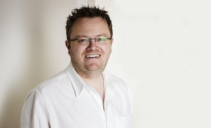 Simon de Banke - CEO