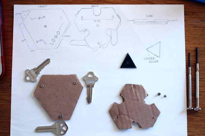 The first designs for the KeyDisk. It was made out of cardboard.