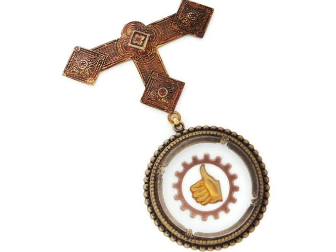 At the $115 reward level, you will receive this League of S.T.E.A.M. inspired medal, made by The Dr. Brassy Steamington *EXCLUSIVE TO THIS TIER*