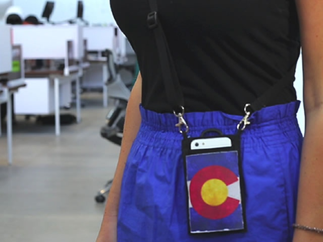 Carry your smartphone around your neck or wear it at your side.