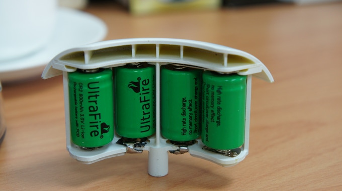 CR2 battery box