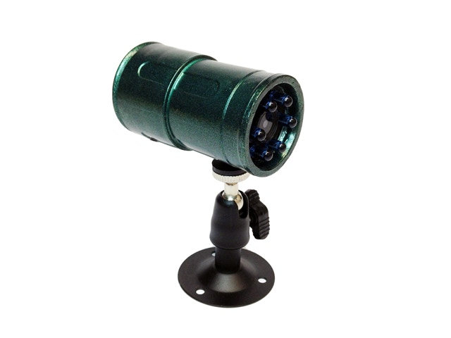 Snooperscope has standard threads for installation on tripods, car mounts and universal stands