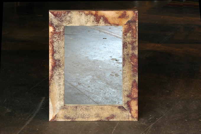 "a/Ply mirror with flat face (24 x 30"")"