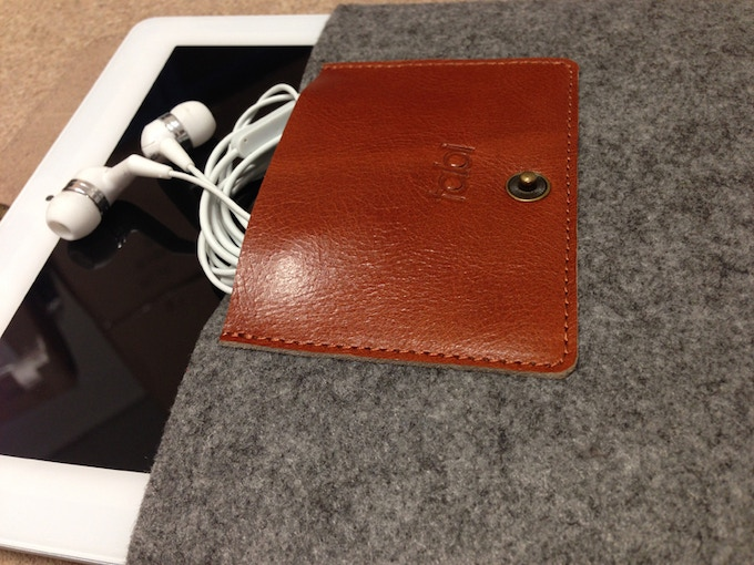 interior. ear phone cable pocket