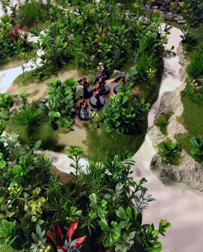 Lush Jungle Table