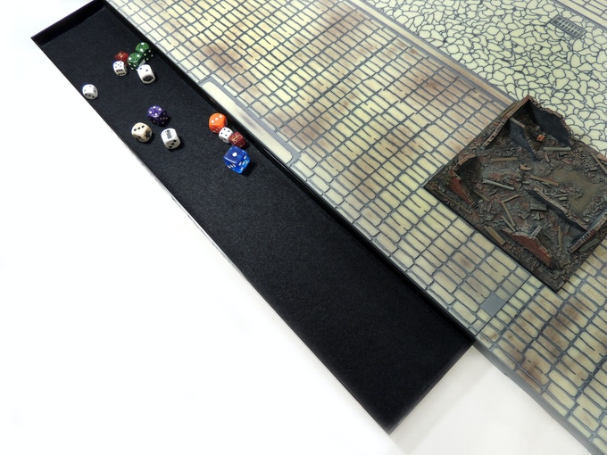 Roll dice without hassle or issue on your dedicated Games & Gears Felt Dice Tray