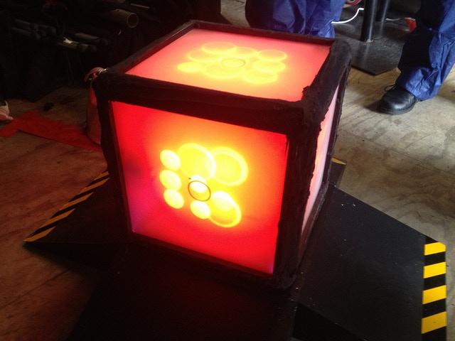 Arduino + Raspberry Pi powered Cube