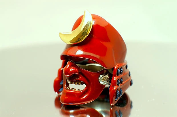 The Samurai Ring - Red (Crest Edition)