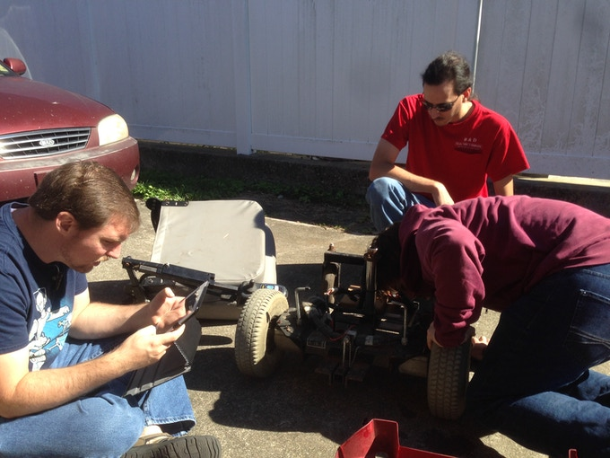 FoB Team Members Assessing the Drive Train Parts