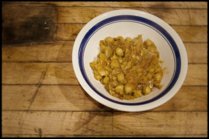 how to make chana masala at home video