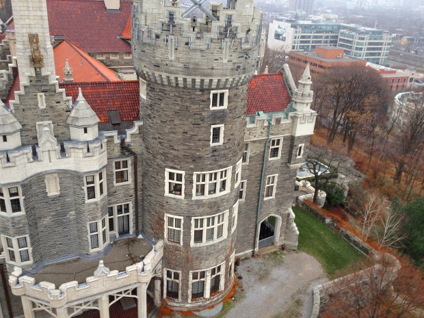 Casa Loma in Toronto, photographed with the Sparrowscope and an iPhone. Click to see the original photo in full size!