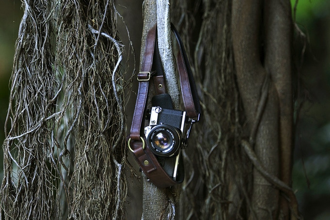 Becomes your own unique leather camera strap