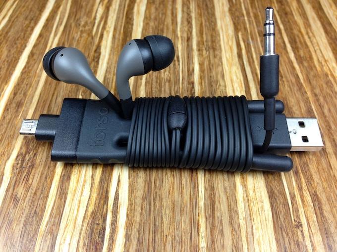 Cord Wrap mode: ultra-portable convenience