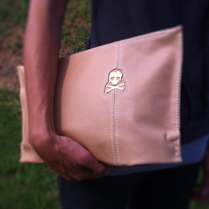 Large Latte Clutch with Skull