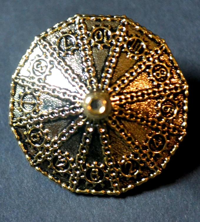 Antique Gold d12 Dice