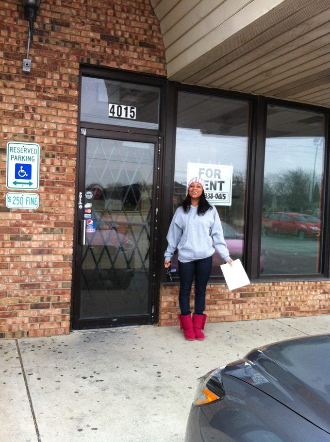 I started my lease last month in Country Club Hills, IL. Now all I need for the Grand Opening of JordyCakes Cake and Cupcake Boutique is a double convection oven, a double door refrigerator, a freezer, a stainless steel table and my faithful customers!