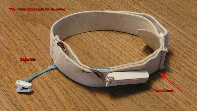 This neatly constructed headband contains all the parts needed to detect brainwave signals with wireless transmission to your computer. Click the image to read about Tom's mod plus much more from Michael Coder.