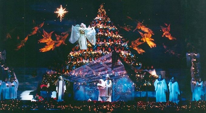 "Gene Dent's ""Singing Christmas Tree"" design"