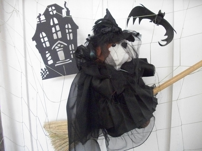 This Witch costume started from an unfinished Graduate/Judge/Choir robe. - October 2012
