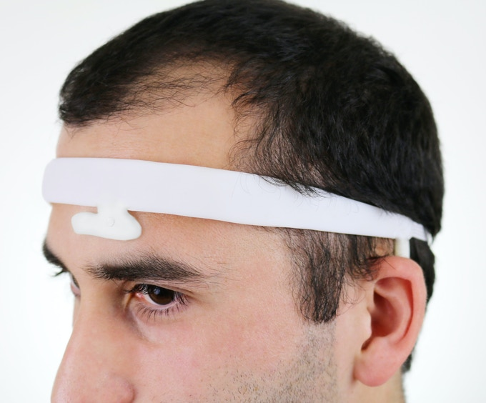 Slim and pliable DreamNET headband contains all the electronics.