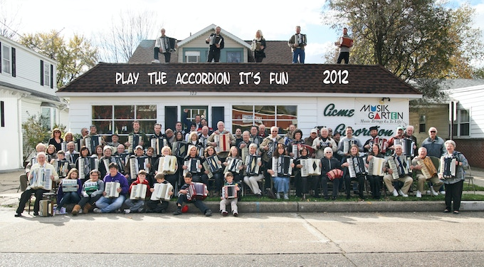 Acme Accordion School with Stan and Joanna Darrow, founders of AAMS