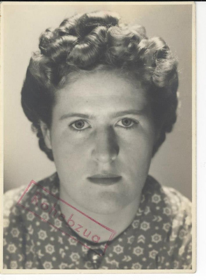 Kitty Stevenson's passport picture 1937