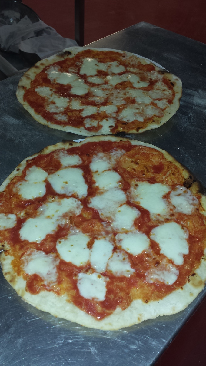 Gluten free pizza Margherita made with our production pizza bases