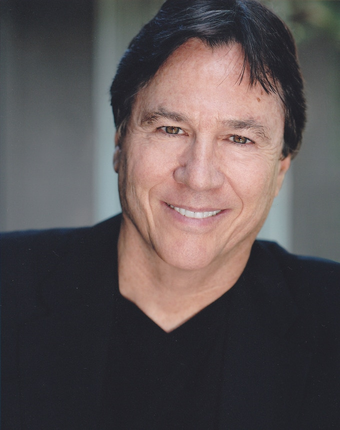 Richard Hatch as Kharn, the Klingon Supreme Commander