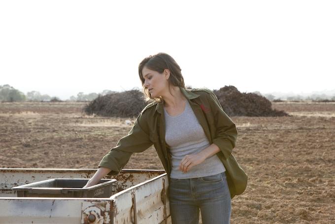 Sarah Bishop (Ellia) on location for Crushed.