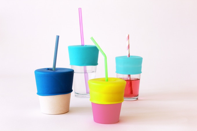 SipSnap KID fits all sizes of cups and straws.  The straw hole is flexible, because straws are different everywhere you go.