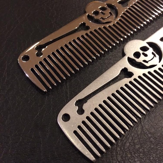 Top comb is high polished, burnished finish below.