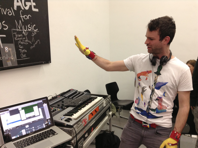 Tim Exile playing his live performance machine with the gloves for the first time.
