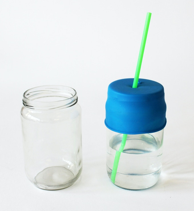 The TOT and KID versions can both fit over threaded jars for additional environmental goodness.