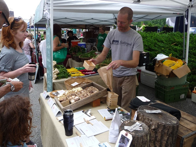 Jeremy of CTHM at the Mill City Farmers Market