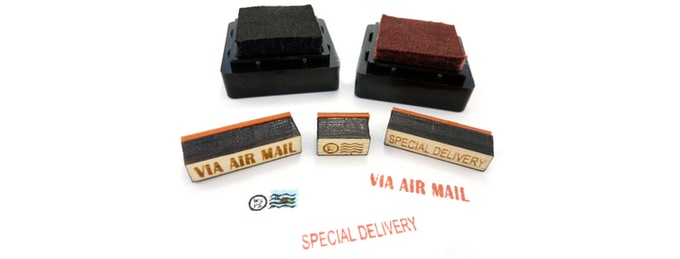 The vintage-style ink stamps give your tiny mail creations retro authenticity. Only available with the DELUXE kit!