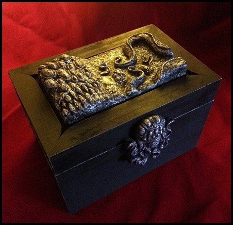 The hand-crafted storage box!