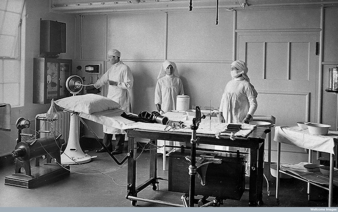 King George Hospital, Stamford Street, London between 1915-1918. The Wellcome Library