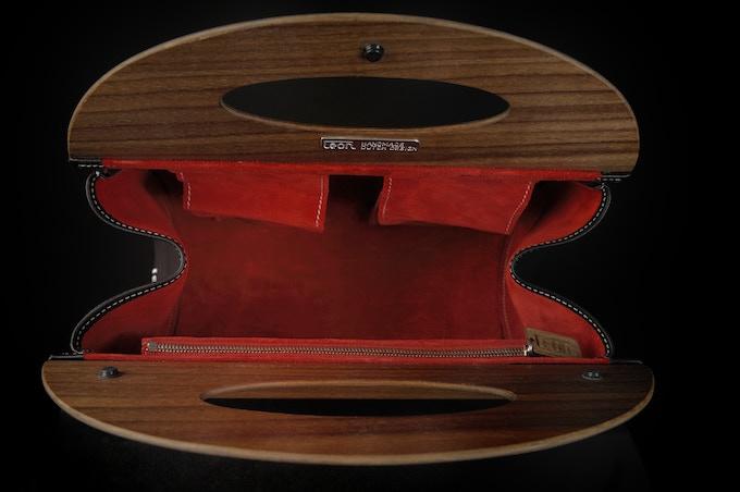 Inside of the handbag: the best Italian suede.