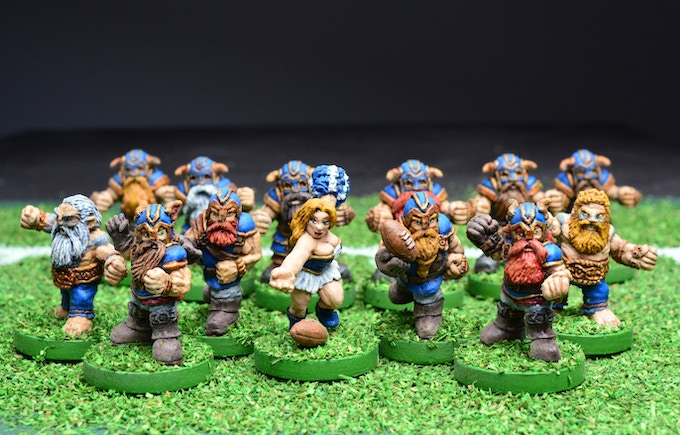 Dwarf Runners, Blitzers, Slayers, and a cheerleader.