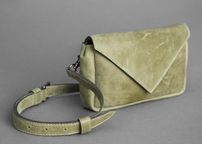 Envelope Mollypack in color Vintage Green