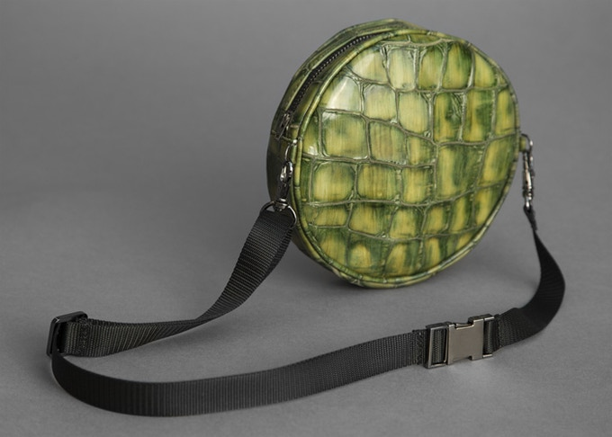 One-of-a-Kind Circle in Green Croc