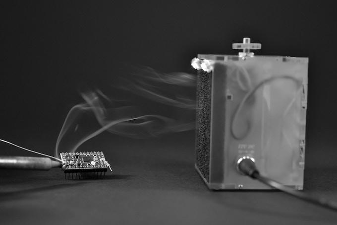 fumeFan Medi in action absorbing soldering fumes