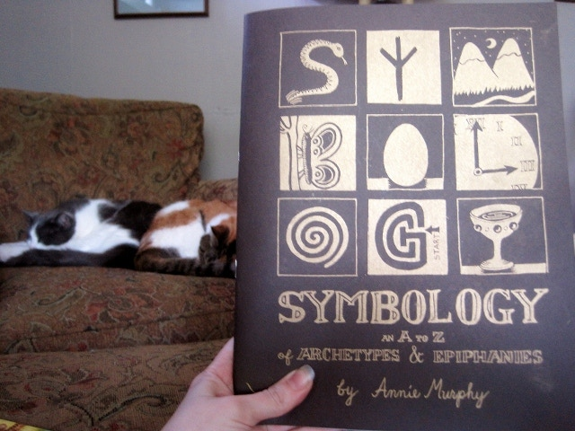 Front Cover, SYMBOLOGY (Annie Murphy and Grimoire Press, 2014)
