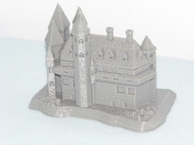 'Castle of the Maker Empire', printed at 250 micron layer thickness in grey PLA.