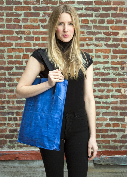Leather Tote Bag in color Bright Blue Pearl