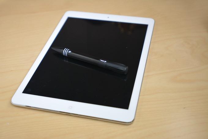 Working Prototype for iPad 1, 2, 3, 4 & Air/ iPad Mini and iPad Mini. Compatible with retina displays.